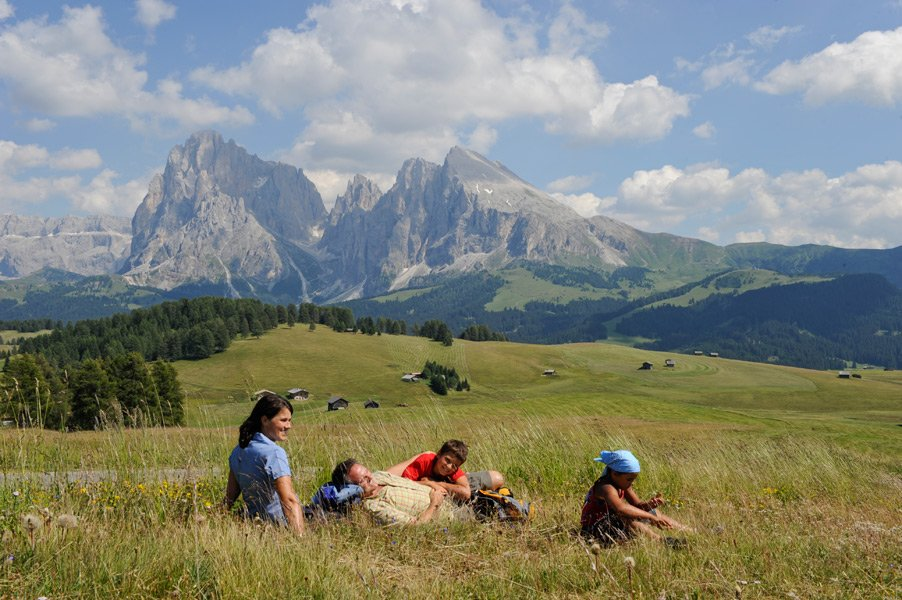 Europe's largest mountain pasture – the Alpe di Siusi in South Tyrol